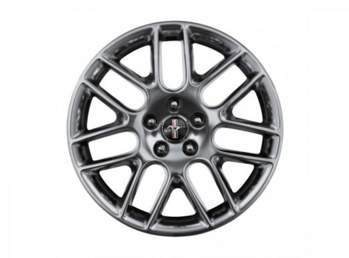 Mustang Club Of America >> Genuine Ford Wheels 18 Inch Sterling Gray Metallic Painted Aluminum Mustang Club Of America
